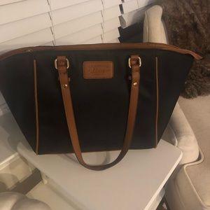 Bass black/brown purse